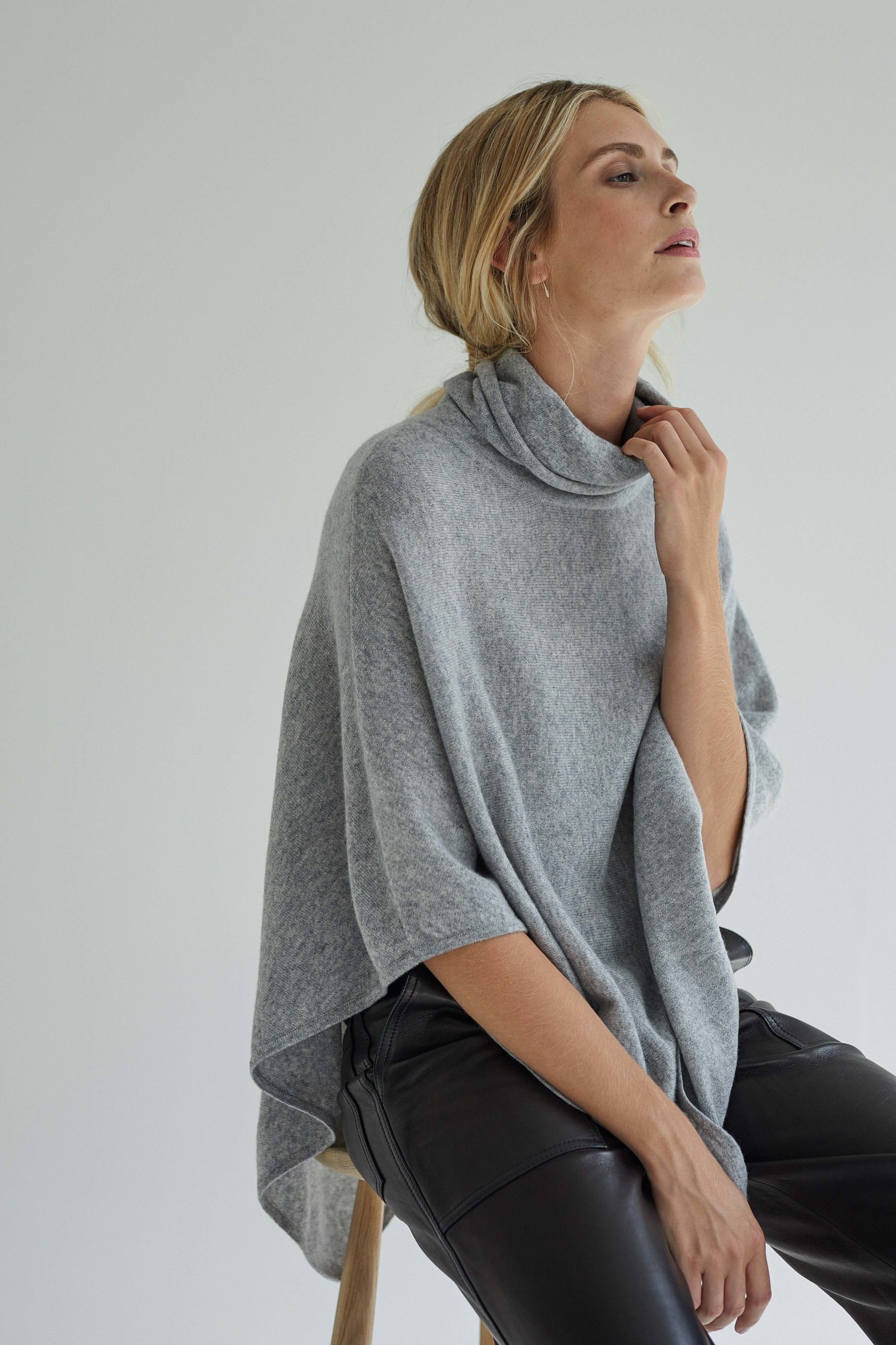 Triangle Polo Poncho
